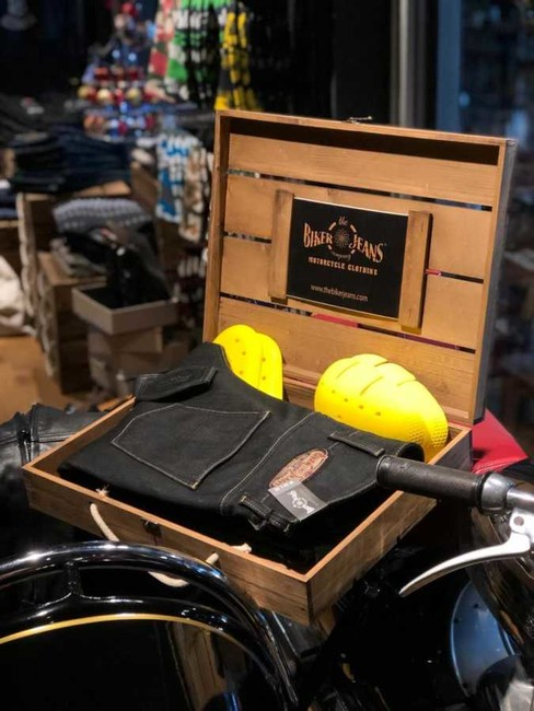 The Biker Jeans - Wooden Gift Box
